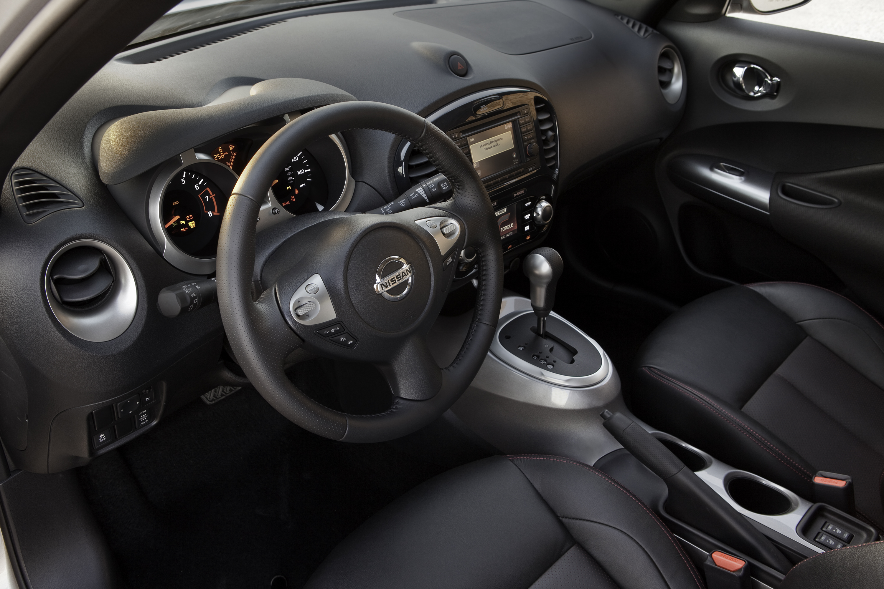 Mazda Cx 5 2015 Interior >> 2015 Nissan Juke - What is that thing? - Driver Dose Autoblog | Driver Dose Autoblog