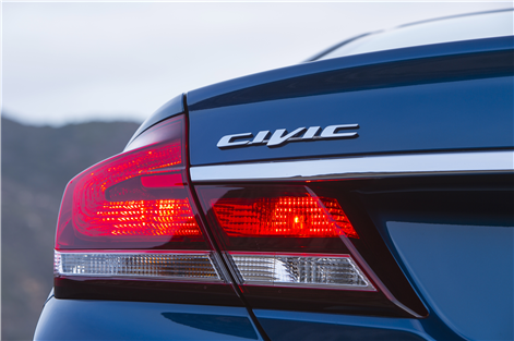 Preview_2015_Civic_Sedan_16