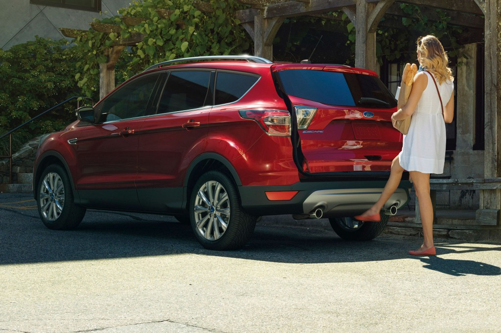 Ford Escape Titanium Rear Side View Foot Activated Liftgate